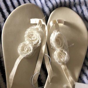 b533b0cde87f David s Bridal Shoes - David s bridal flip flops